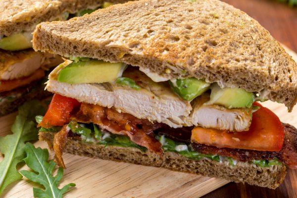 Sandwich de Pollo Fresco e Hiper Tentador