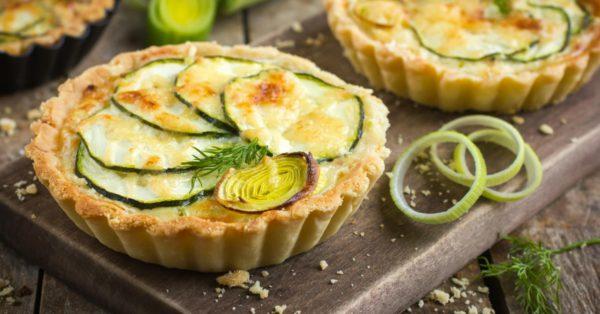 Mini Tartas de Zucchini y Queso Nivel Dios